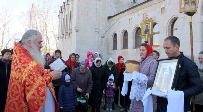 Пятница Светлой седмицы. Богослужение в Свято-Троицком храме г. Балаково
